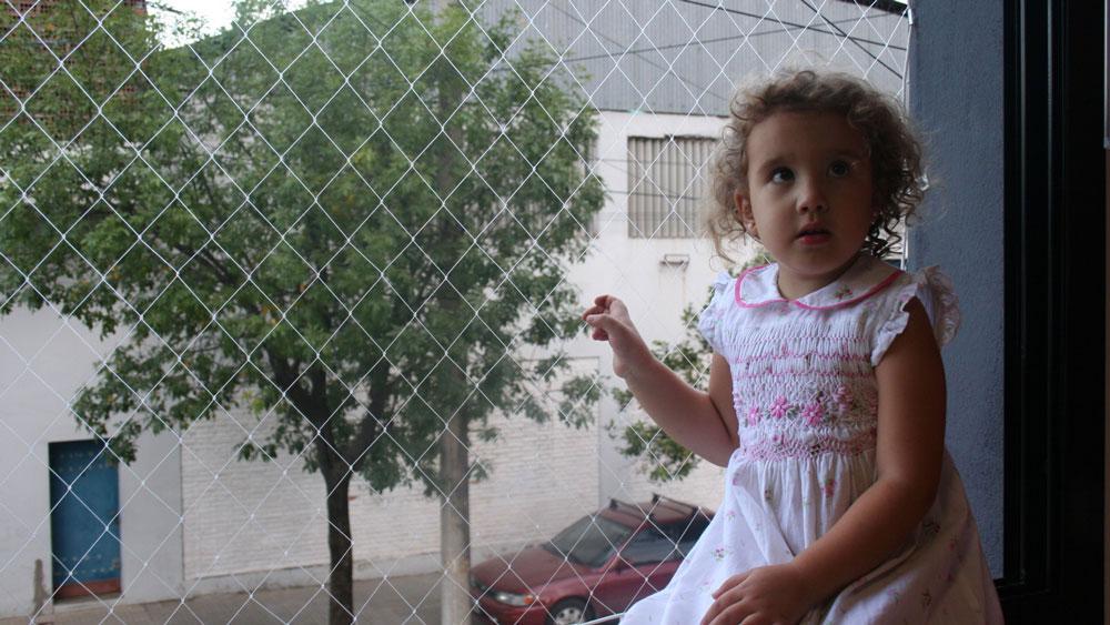 Sistema Di Rete Anticaduta Per Bambini Per Finestre E Balconi